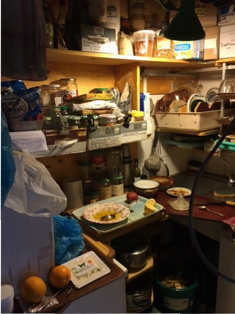 Préparation du petit déjeuner avec Louis